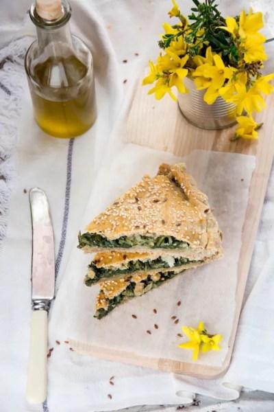 Torta salata di cicoria selvatica