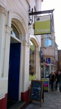 vintage-shopping-in-colchester-17