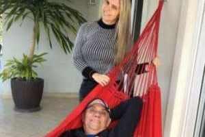 """Marcelo Rezende posta foto com namorada e se declara: """"Verdadeiro amor"""""""
