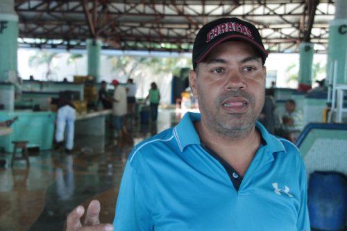 foto-3-hm__0065-domingo-rivero-presidente-del-servicio-desconcentrado-mercado-bolivariano-del-pescadores-de-punda