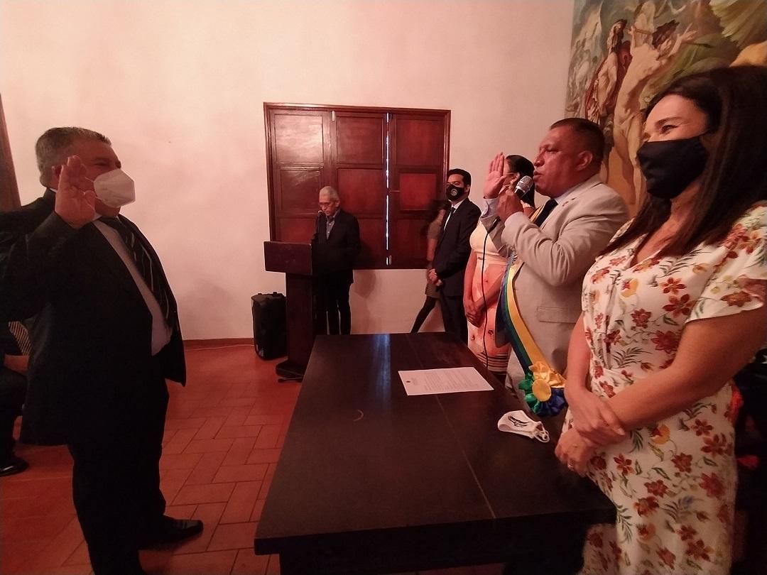 El gobernador Alfredo Díaz, tomó juramento a Nicola Penna Millán