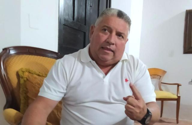 El secretario general de Gobierno, Nicola Penna Millán, formuló planteamientos a la Onapre