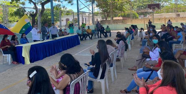 41 trabajadores del sector educación del Ejecutivo regional pasaron a formar parte de la nómina de la Gobernación