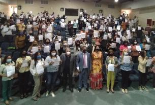 El gobernador Alfredo Díaz, rinde merecido homenaje a los docentes en su Día