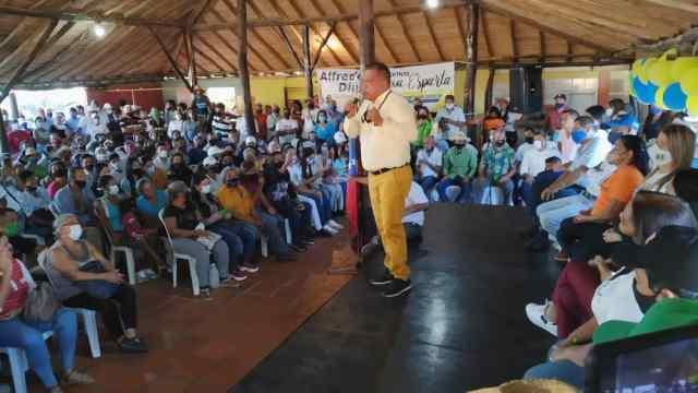 El mandatario regional resaltó las inversiones en materia de salud para beneficiar a los habitantes del municipio Tubores