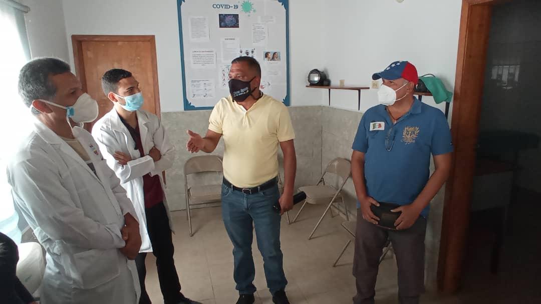 Ejecutivo regional dotó de equipos e insumos  médicos el ambulatorio de El Yaque