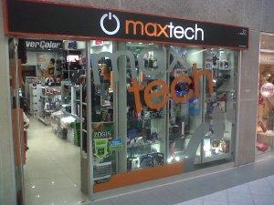 Fachada de la Teinda maxtech en C.C. Lago Mall