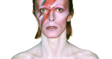 Album cover shoot for Aladdin Sane, 1973 Photograph by Brian Duffy © Duffy Archive kl