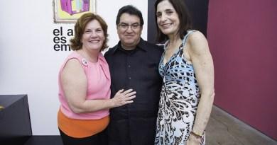 Bolivia Bocaranda, Senosayuda. Omar Bernal, Vicepresidente de Sony. Clementina Mendoza, Martillo de la subasta