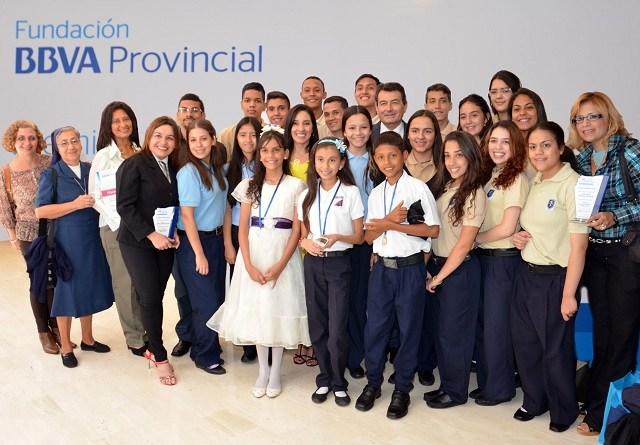 Fundación BBVA Provincial y sus premios adelante con la educación