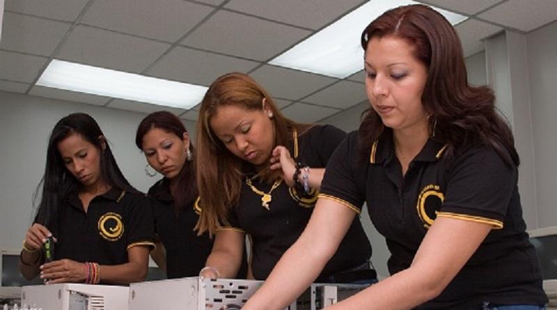 Aliadas en Cadena abre inscripción del programa Escuela Taller avalado por la UPEL