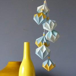Grappe de diamants bleu gris et jaune