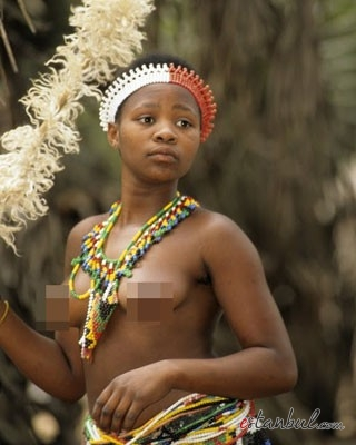 Bekaret-diplomasndan-sonra-kutlama--afrika-zulular-zulu-kabiles-bekaret-cinsel-iliski-2