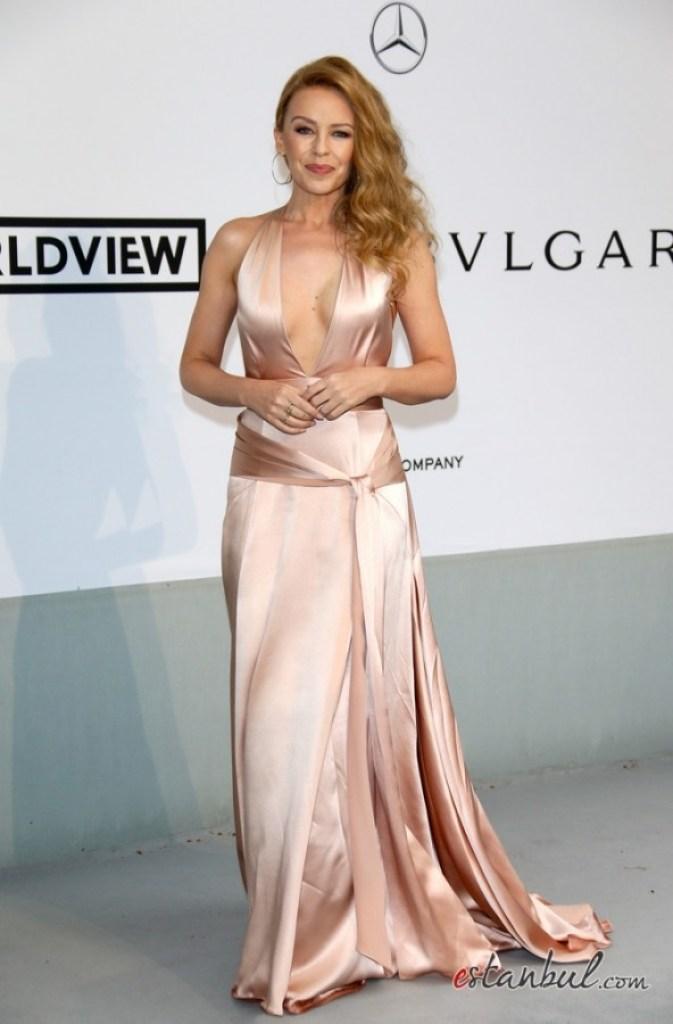 Kylie-Minogue---amfAR-2014--01