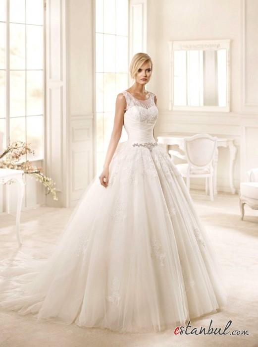 Zeynep-Ekin-Gelinlik-ve-Nişanlık-Modelleri-Ankara-7-521x700