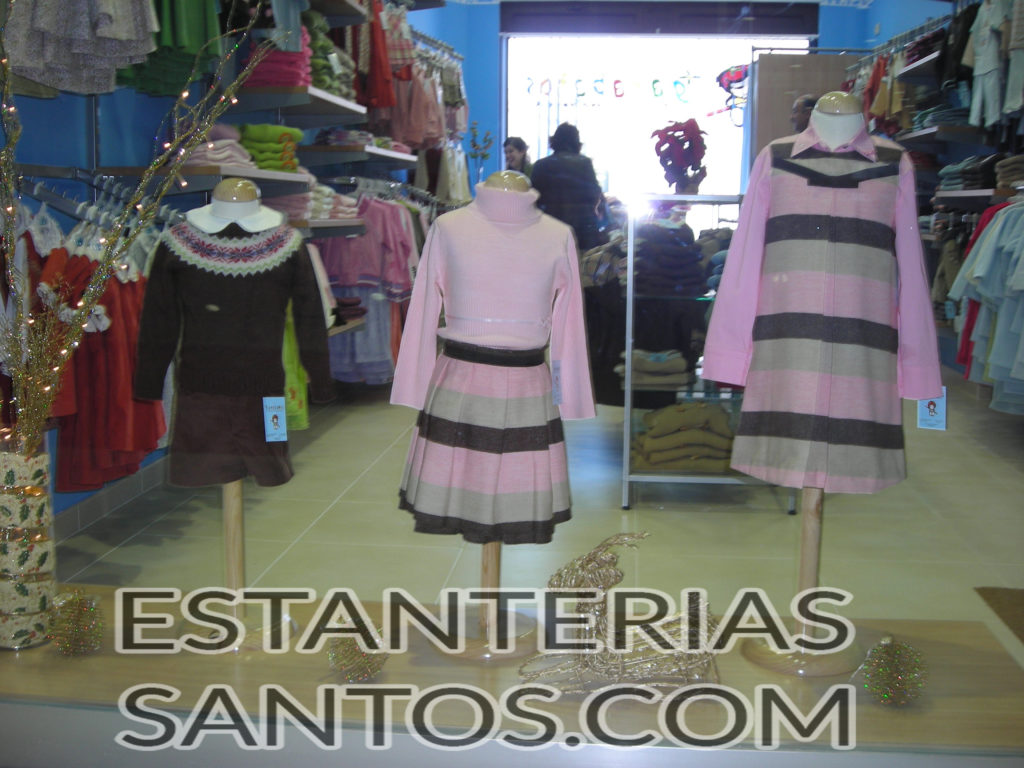 Bustos Y Maniquies