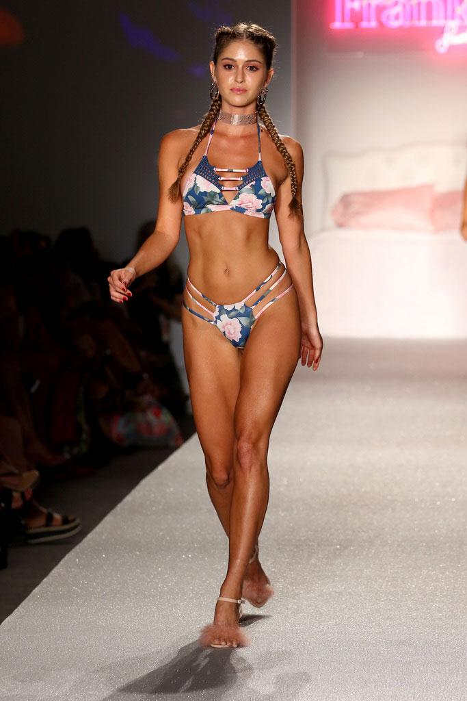 Estela-Frankies-Bikinis-RE18-Look-18