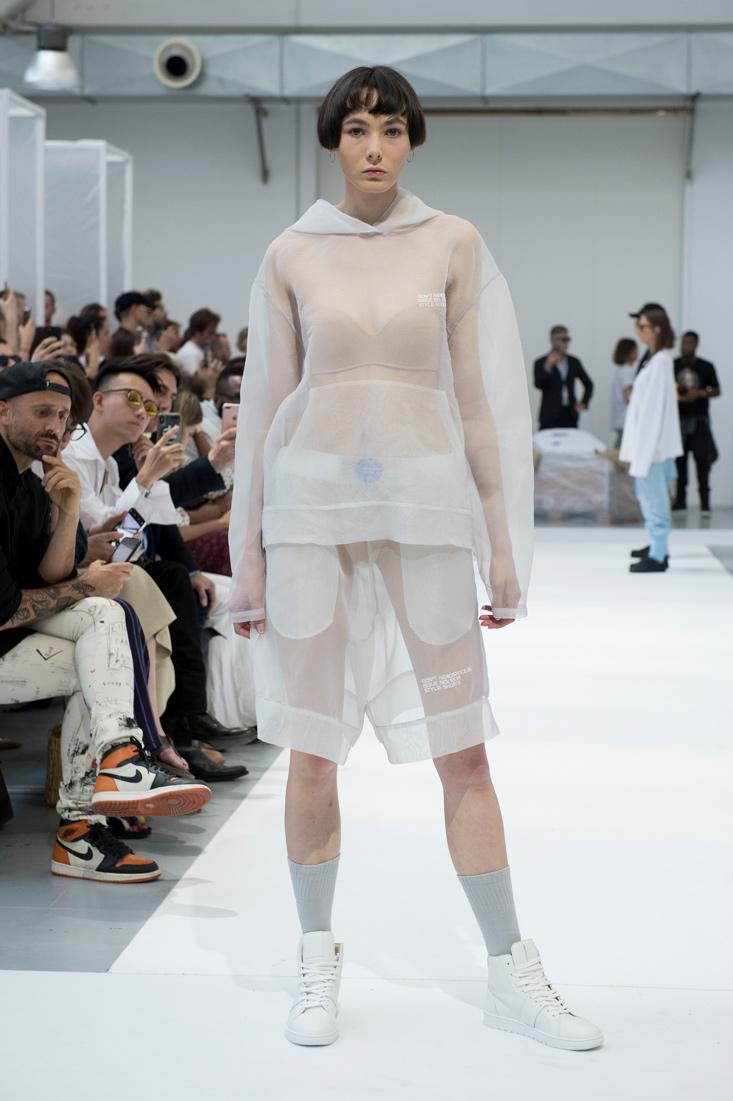 Estela-Fashion-MFW-IHNOMUHNIT-SS19-5