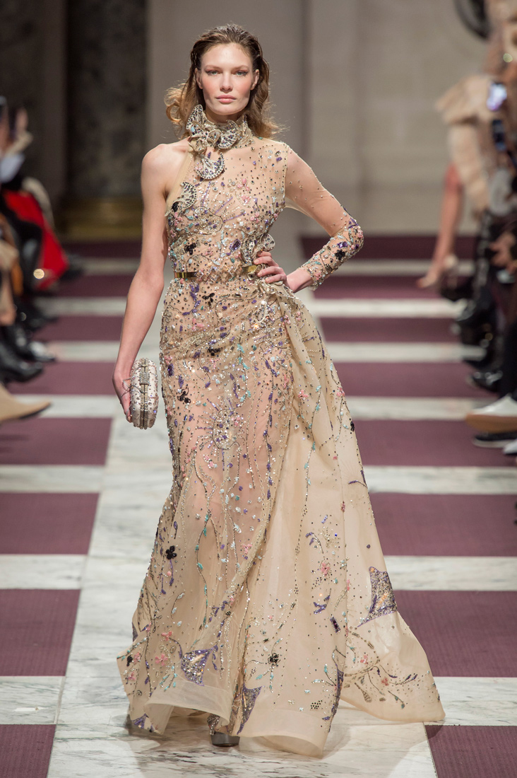 Estela-Fashion-PFW-Ziad-Nakad-AW19-21