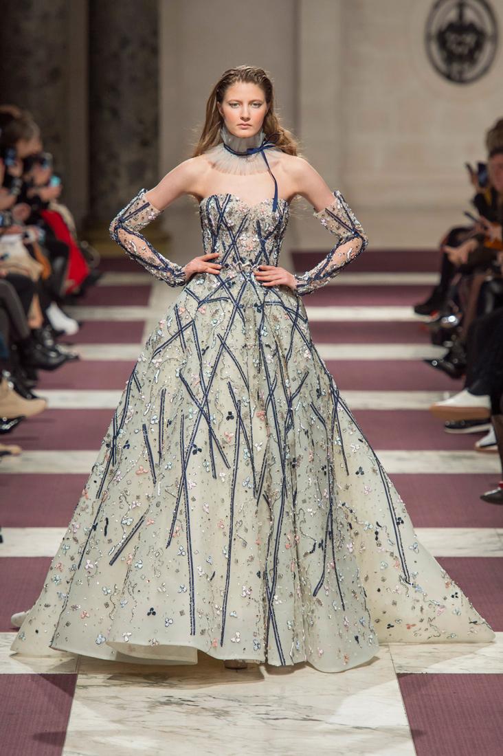 Estela-Fashion-PFW-Ziad-Nakad-AW19-7