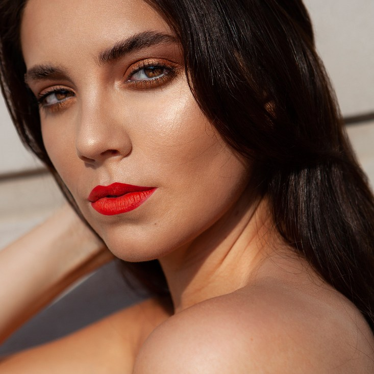 Estela-Beauty-Trends-Fall-Face-2019-Ashton-1