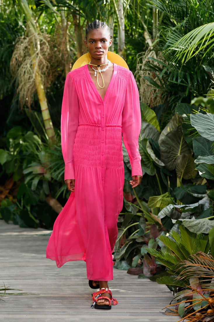 Estela Runway Report: Jason Wu Takes Us to Tulum for SS21 at NYFW