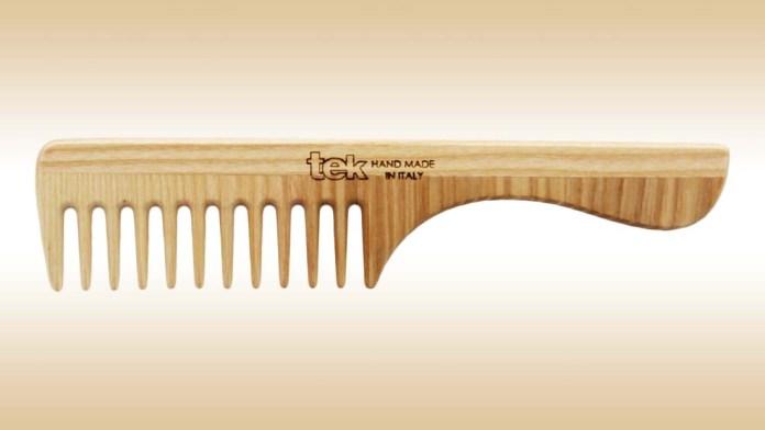 Applying Hair Treatments Has Never Been Easier: Tek Comb With Handle & Wide Teeth