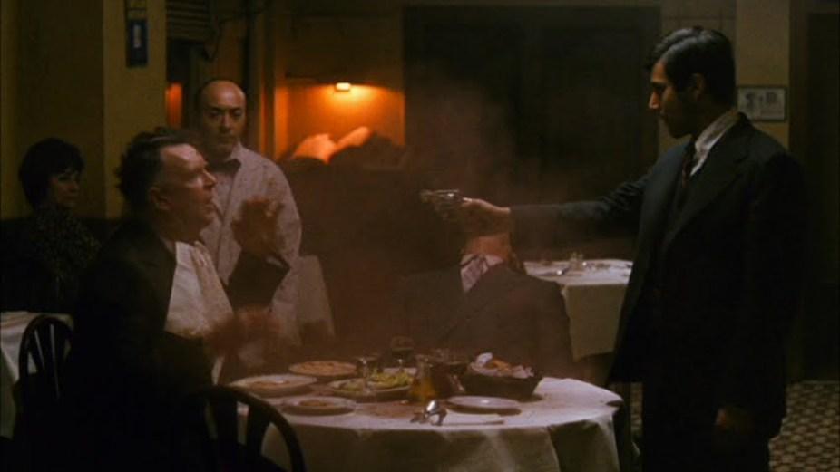 michael corleone matando no restaurante