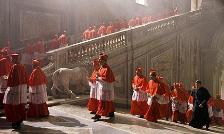 mafia vs egraja catolica