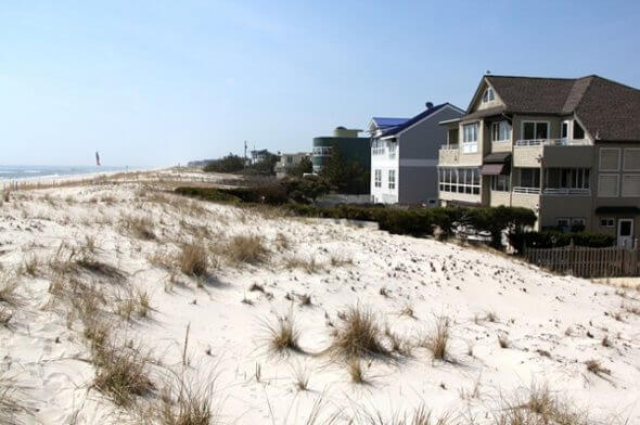 NJ Coastline Battle of Property Rights Vs Public Good, NYT Image