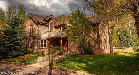 Aspen real estate 122716 112425 936 King Street 1 590W