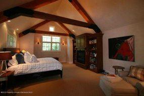 Aspen real estate 122716 112425 936 King Street 4 190H