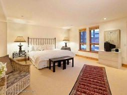 Aspen real estate 123016 137282 132 N Spring Street 4 190H