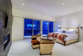 04172016 137234 400 W Hopkins Avenue Penthouse 4 190H