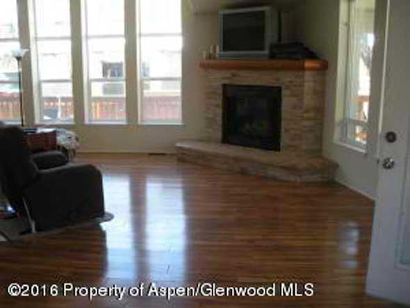 Aspen real estate 071016 143187 12 Lazy Glen 2 590W