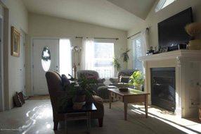 Aspen real estate 100916 140406 17 Aspen Village 2 190H