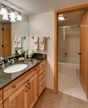 W Aspen real estate 102316 139876 30 Anderson Lane 817 5