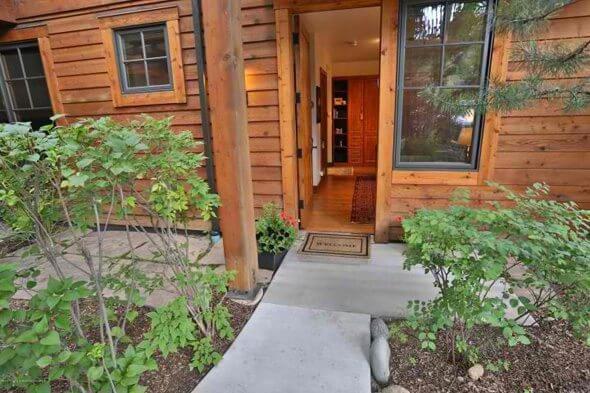 W Aspen real estate 102316 145705 501 W Main Street A102 1
