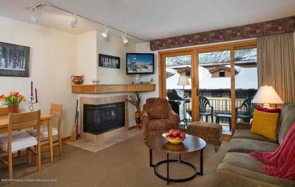 Aspen real estate 010117 141740 400 Wood Road 2206 2 590W
