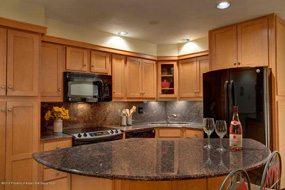 Aspen real estate 010117 141740 400 Wood Road 2206 3 190H