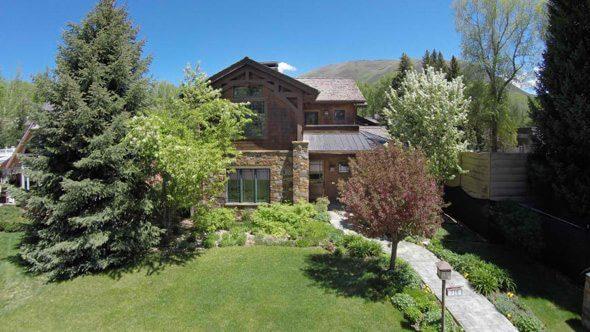 Aspen real estate 020517 142426 720 W Smuggler Street 1 590W