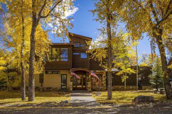 Aspen real estate 040217 146533 735 W Smuggler Street 1 590W