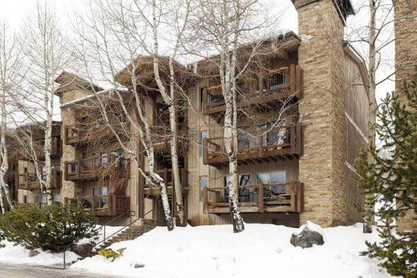 Aspen real estate 040217 147215 35 Upper Woodbridge 24ab 1 590W