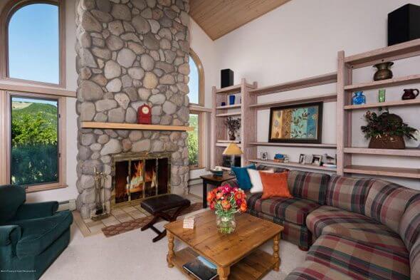 Aspen real estate 041617 144933 257 Fairway Drive 2 590W