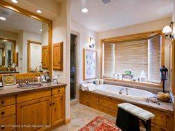 Aspen real estate 051417 147156 971 Ute Avenue 5 190H