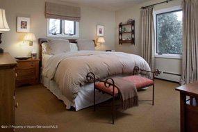 Aspen real estate 061117 147674 117 N Monarch Unit 2 3 190H