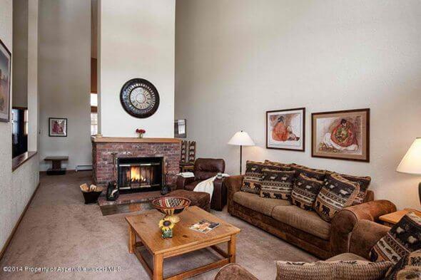 Aspen real estate 062517 132594 425 Wood Road 14 2 590W