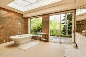 Aspen real estate 070917 144584 401 Carroll Drive 5 190H
