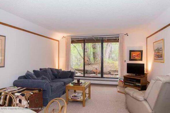 Aspen real estate 081317 148929 1215 Vine Street 2 590W