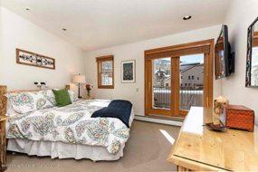 Aspen real estate 090317 147620 425 Wood Road Unit 24 4 190H